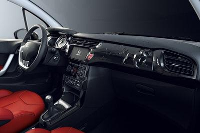 2011 Citroen C3 Red Block Interior