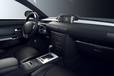 2011 Citroen C6 Noir Et Blanc Interior