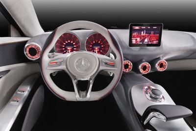 2011 Mercedes-Benz Concept A-Class Instrumentation