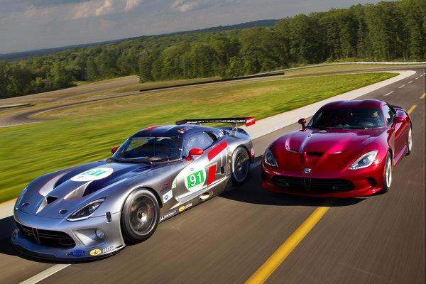 2013 SRT Viper and Viper GTS-R