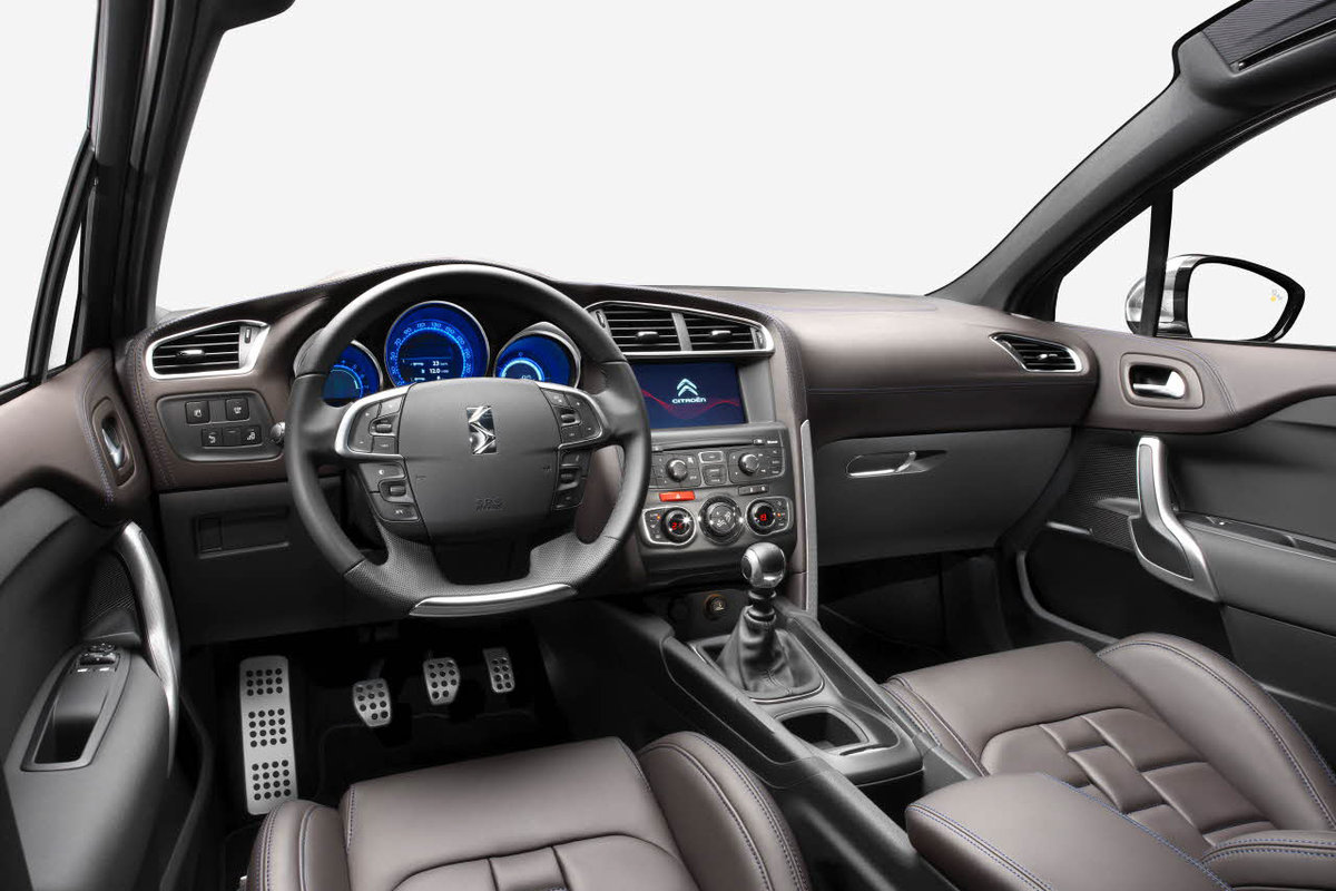 2013 Citroen DS4 Interior