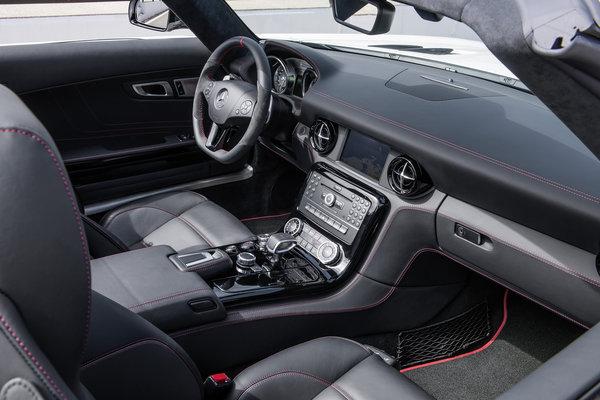 2013 Mercedes-Benz SLS AMG Roadster Interior