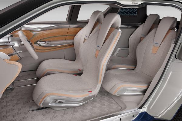2012 Nissan Terra Interior