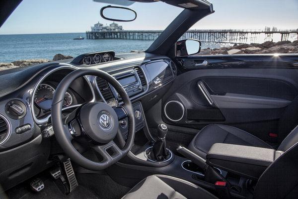 2013 Volkswagen Beetle Convertible Interior
