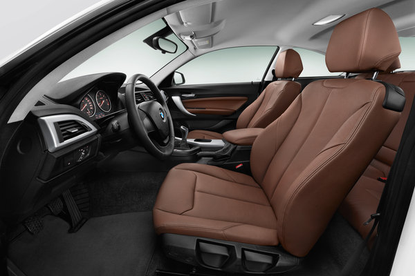 2014 BMW 2-Series Coupe Interior