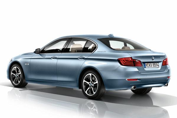 2014 BMW 5-Series ActiveHybrid 5 sedan