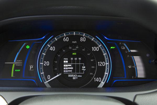 2014 Honda Accord PHEV Instrumentation