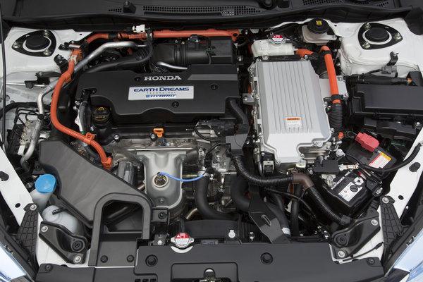 2014 Honda Accord PHEV Engine