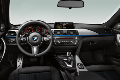 2012 BMW 3-Series sedan M Sports Package instrumentation