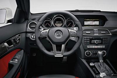 2012 Mercedes-Benz C-Class coupe C63 AMG Instrumentation
