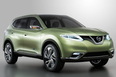 2012 Nissan Hi-Cross