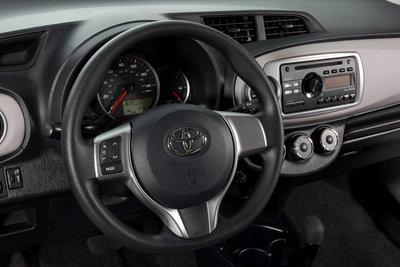 2012 Toyota Yaris 3d Liftback Instrumentation