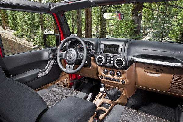 2013 Jeep Wrangler Unlimited Interior