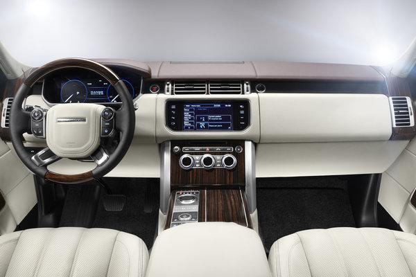 2013 Land Rover Range Rover Instrumentation