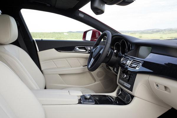 2013 Mercedes-Benz CLS-Class Shooting Brake Interior