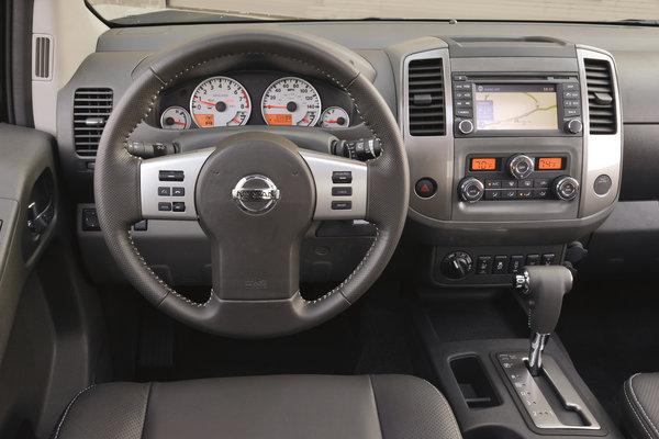 2013 Nissan Frontier Crew Cab Instrumentation