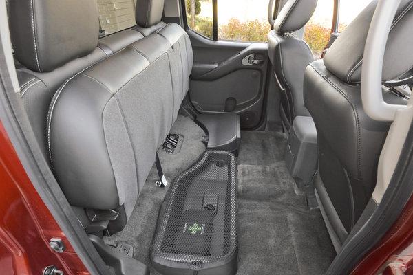 2013 Nissan Frontier Crew Cab Interior