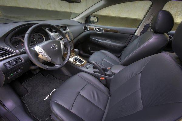 2013 Nissan Sentra Interior