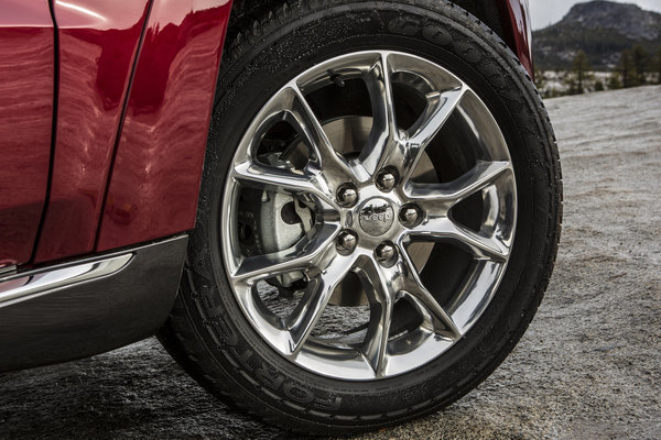2014 Jeep Grand Cherokee Wheel