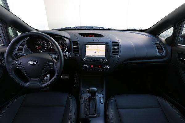 2014 Kia Forte 5d Interior