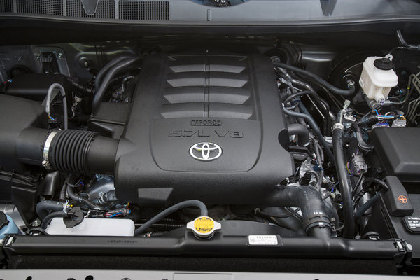 2014 Toyota Tundra Crew Cab Limited Engine