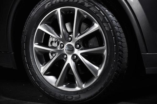 2014 Dodge Durango Wheel