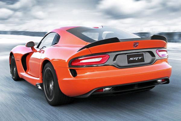 2014 SRT Viper TA Orange limited edition