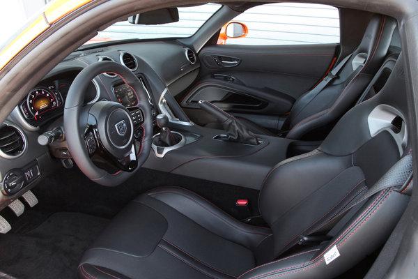 2014 SRT Viper TA Interior