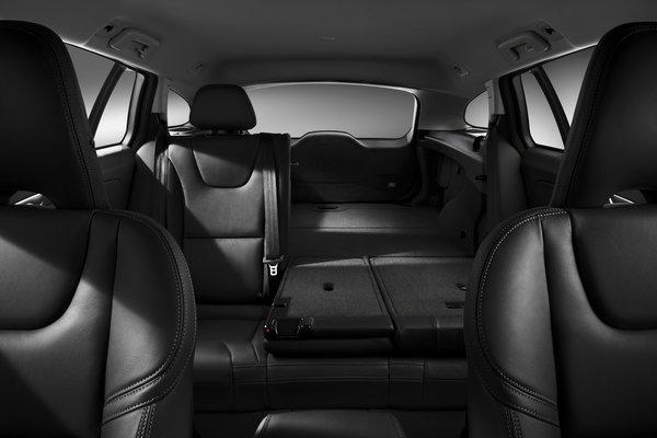 2014 Volvo V60 Interior