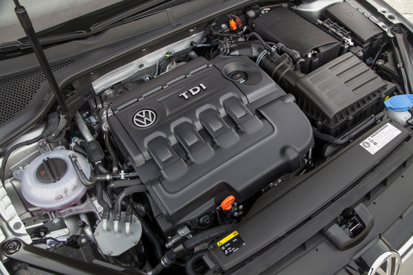 2015 Volkswagen Golf 5d Engine