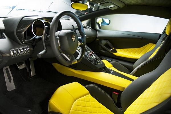 2014 Lamborghini Aventador LP 720-4 50 Anniversario Interior