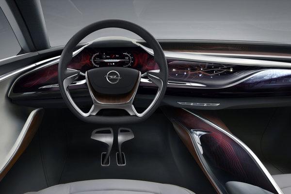 2013 Opel Monza Instrumentation