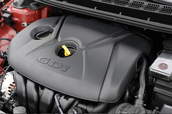 2014 Hyundai Elantra Sport sedan Engine