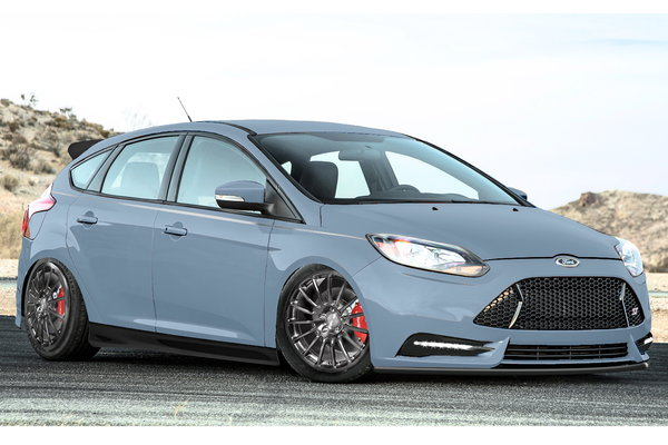 2013 Ford Focus ST by PM Lifestyle