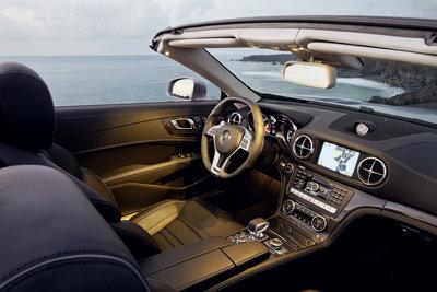 2013 Mercedes-Benz SL-Class SL63 AMG Interior