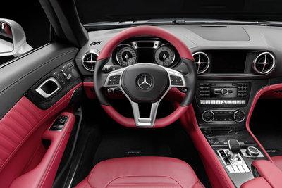 2013 Mercedes-Benz SL-Class SL550 Instrumentation