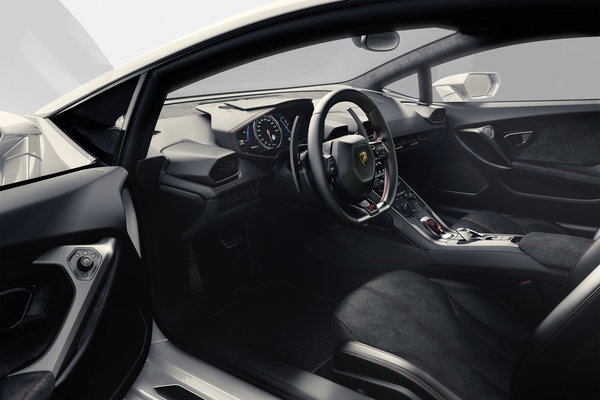 2014 Lamborghini Huracan Interior