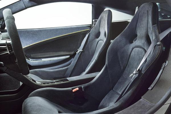 2015 McLaren 650S coupe Interior