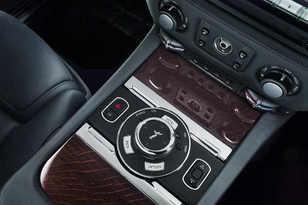 2015 Rolls-Royce Ghost Series II Instrumentation