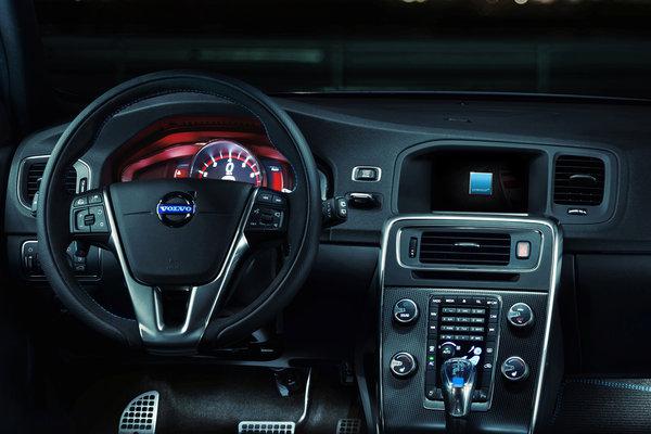 2015 Volvo S60  Polestar Instrumentation