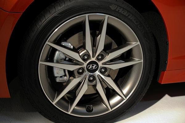 2015 Hyundai Sonata 2.0T Wheel