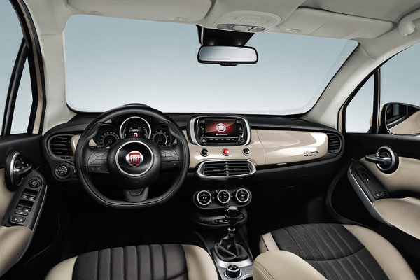 2016 Fiat 500 X Interior