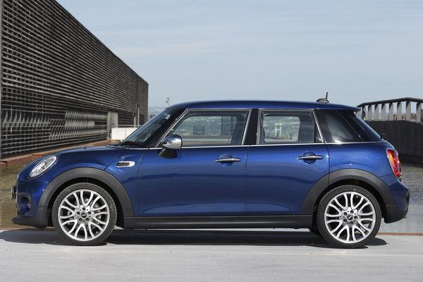 2015 Mini Cooper Hardtop 4-door
