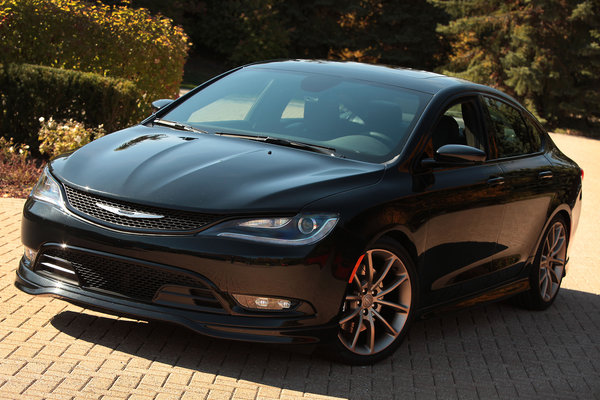 2014 Chrysler 200S Mopar