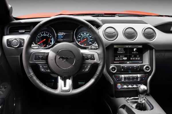 2015 Ford Mustang Instrumentation