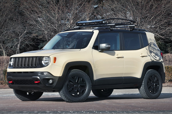 2015 Jeep Renegade Desert Hawk