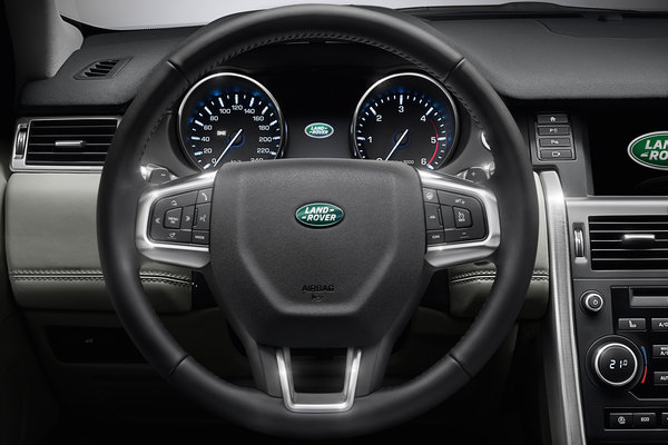2015 Land Rover Discovery Sport Instrumentation