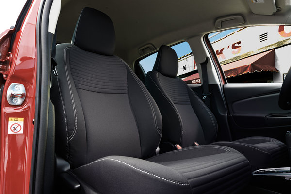 2015 Toyota Yaris 5d Liftback Interior