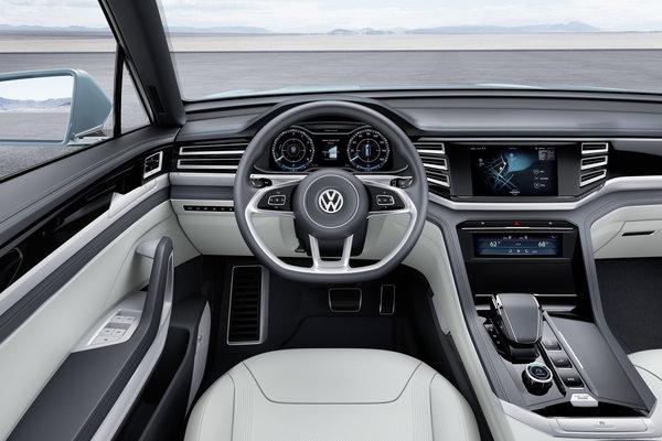 2015 Volkswagen Cross Coupe GTE Interior