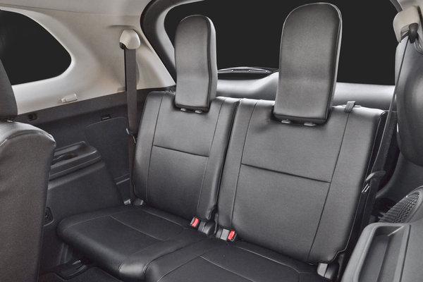 2016 Mitsubishi Outlander Interior